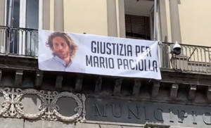 Tre comuni dell'area a nord di Napoli esporranno lo striscione per chiedere giustizia per Mario Paciolla